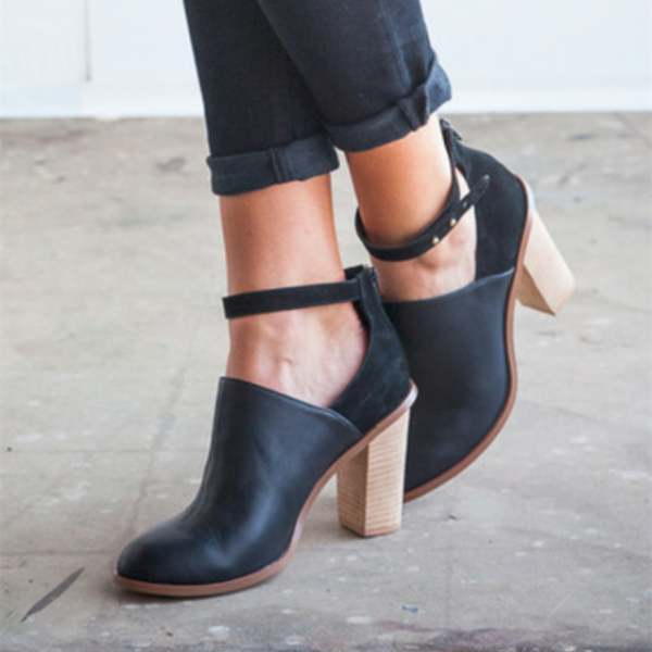 Black Heeled Boots Retro Ankle Strap Chunky Heel Ankle Boots image 1
