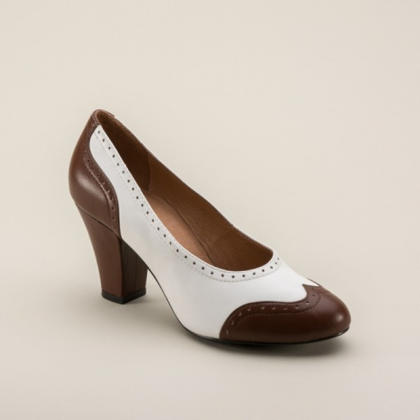 White and Brown Low-cut Uppers Round Toe Vintage Heels Pumps image 4