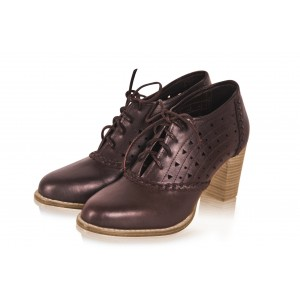 Brown Round Toe Oxford Heels Hollow out Lace up Vintage Shoes