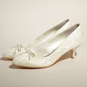 Lace Bow Ivory Wedding Shoes Kitten Heel Pumps for Wedding