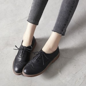 Black Round Toe Wingtip Shoes Lace up Flat Vintage Women's Oxfords