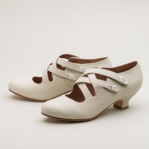 Women's White Crossed-over Buckle Vintage Heels Comfortable Shoes
