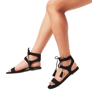 Black Gladiator Sandals Lace up Flats Strappy Sandals with Tassels
