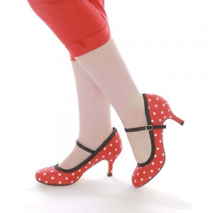Red Polka Dot Round Toe Mary Jane Pumps